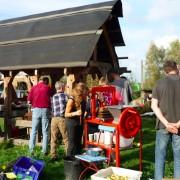 Apfelsaft-Handpresse beim Apfelfreundefest 2014